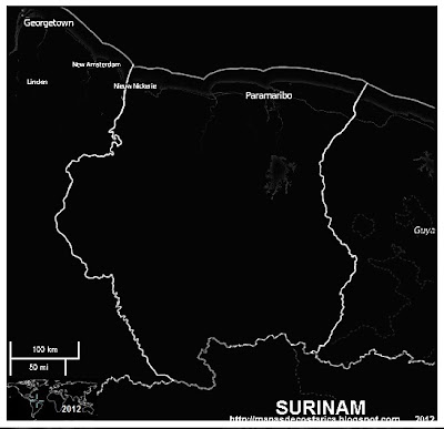 Mapa del limite de SURINAM, blanco y negro, OpenStreetMap