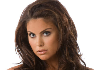 Nadia Bjorlin follows Geno's World on Twitter