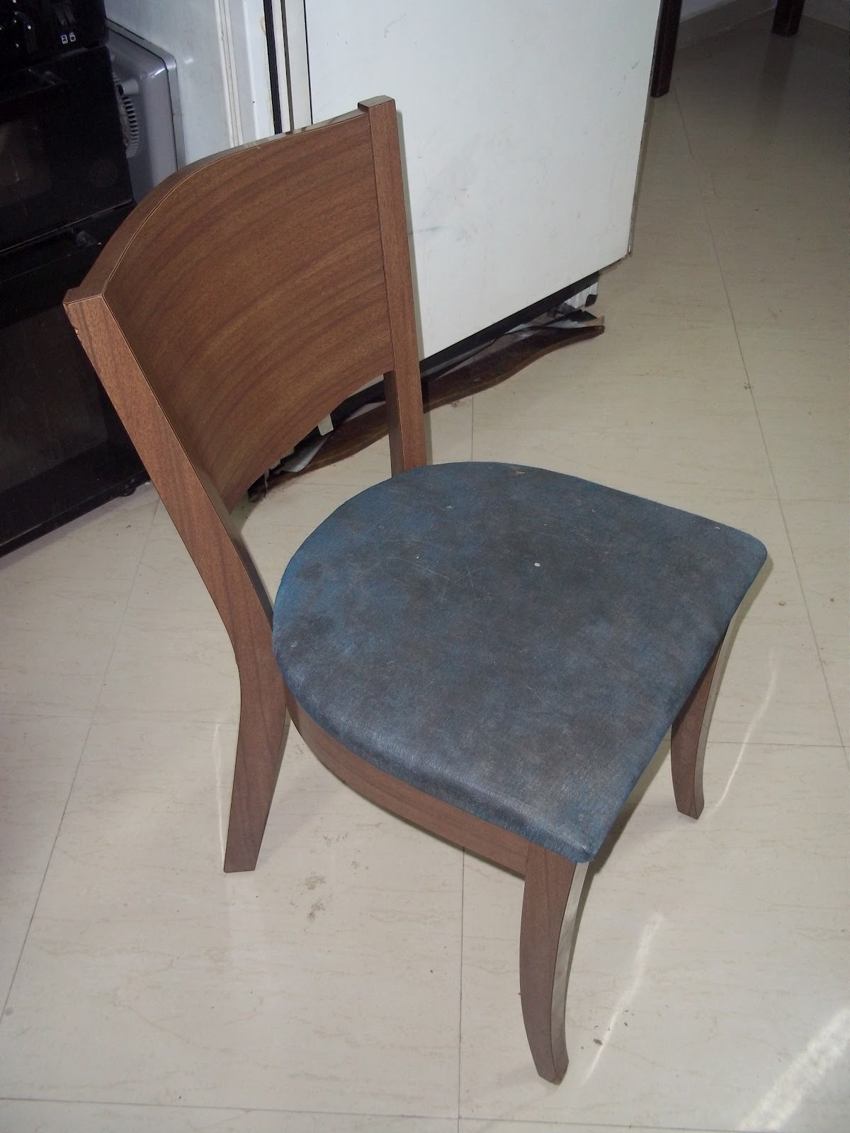 How to reupholster a chair easy diy tutorial penniless for How to reupholster furniture diy