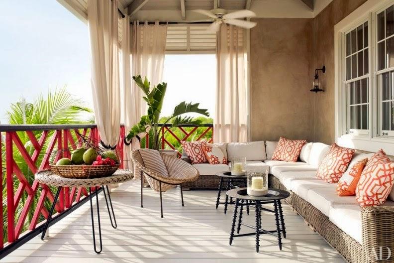 terraza con sofa