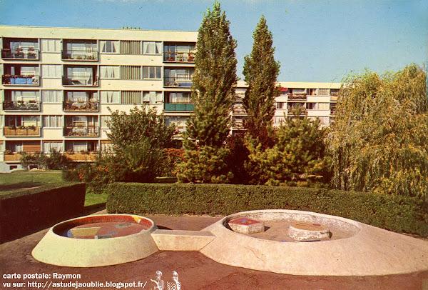 astudejaoublie L'Haÿ-les-Roses - Groupes Terre et Famille  Sculptures Jeux d'enfants: Pierre Szekely  Création: 1958