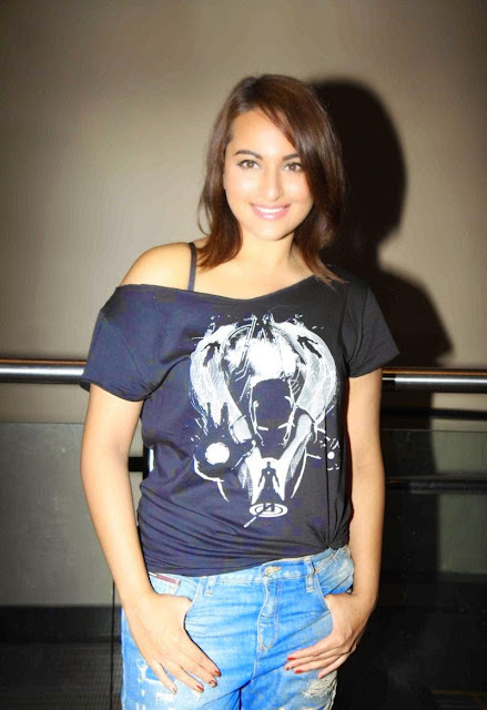 Sonakshi Sinha Stills At 'Avengers Age of Ultron' Special Screening At PVR Cinema