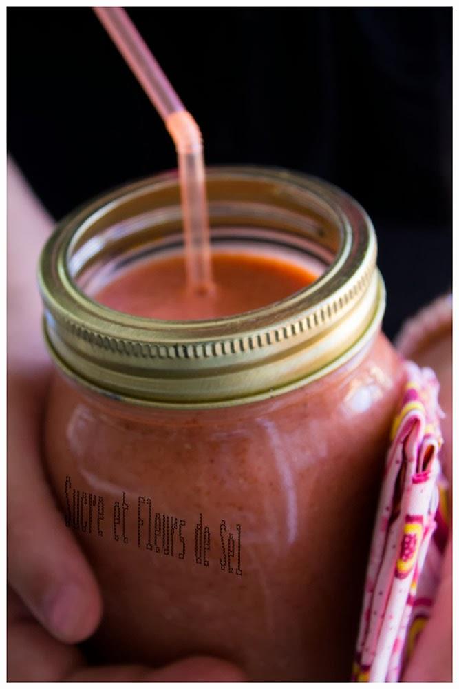 sucre et fleurs de sel smoothie fraise mangue et graines de lin. Black Bedroom Furniture Sets. Home Design Ideas