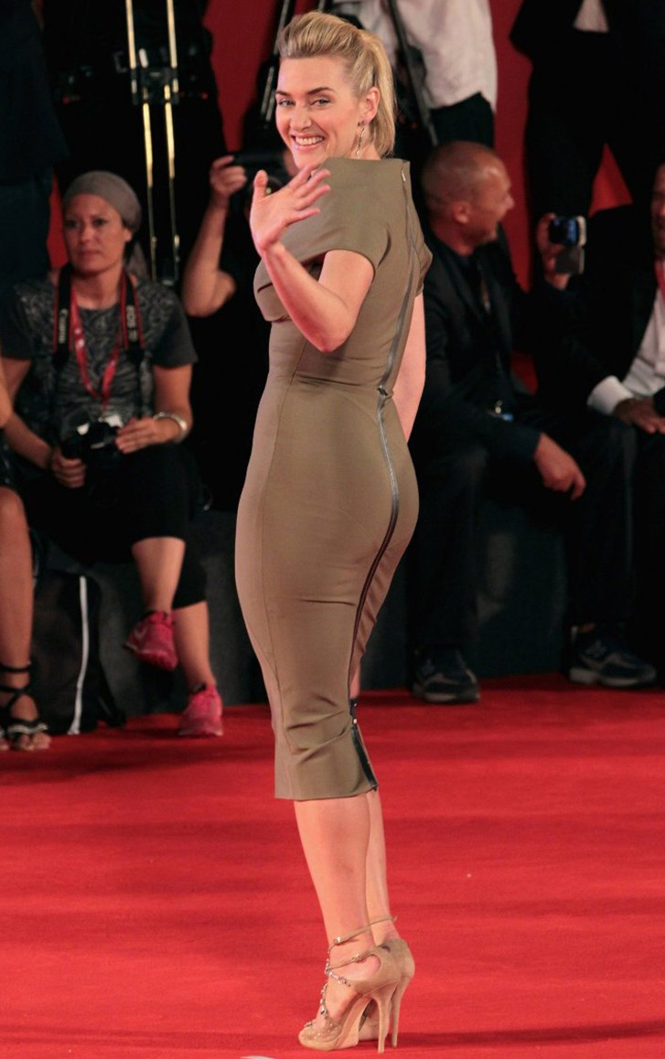 All Body Painting Kate Winslet At The Premiere Of Carnage