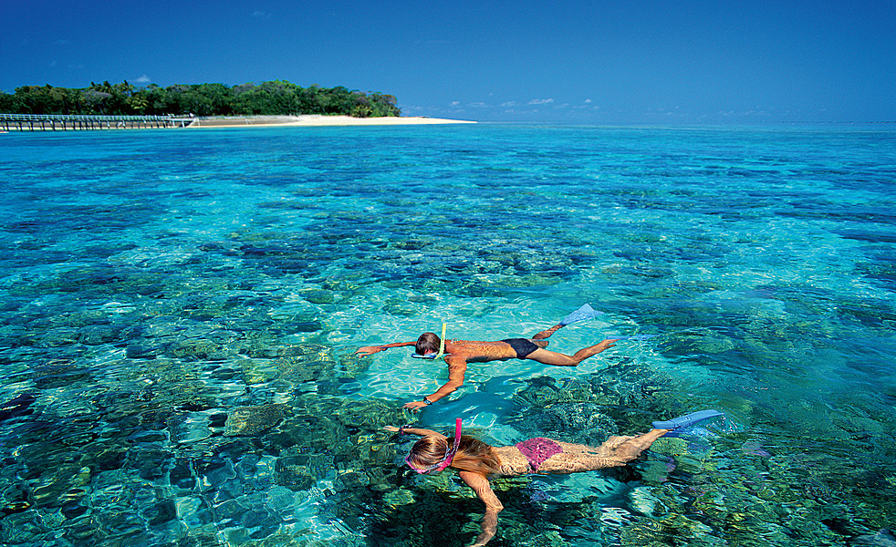 UNIQ Travel to Australia & New Zealand: The Best Coral Reefs in ...