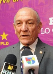 Calderón destaca presupuesto del 2012 será más equilibrado