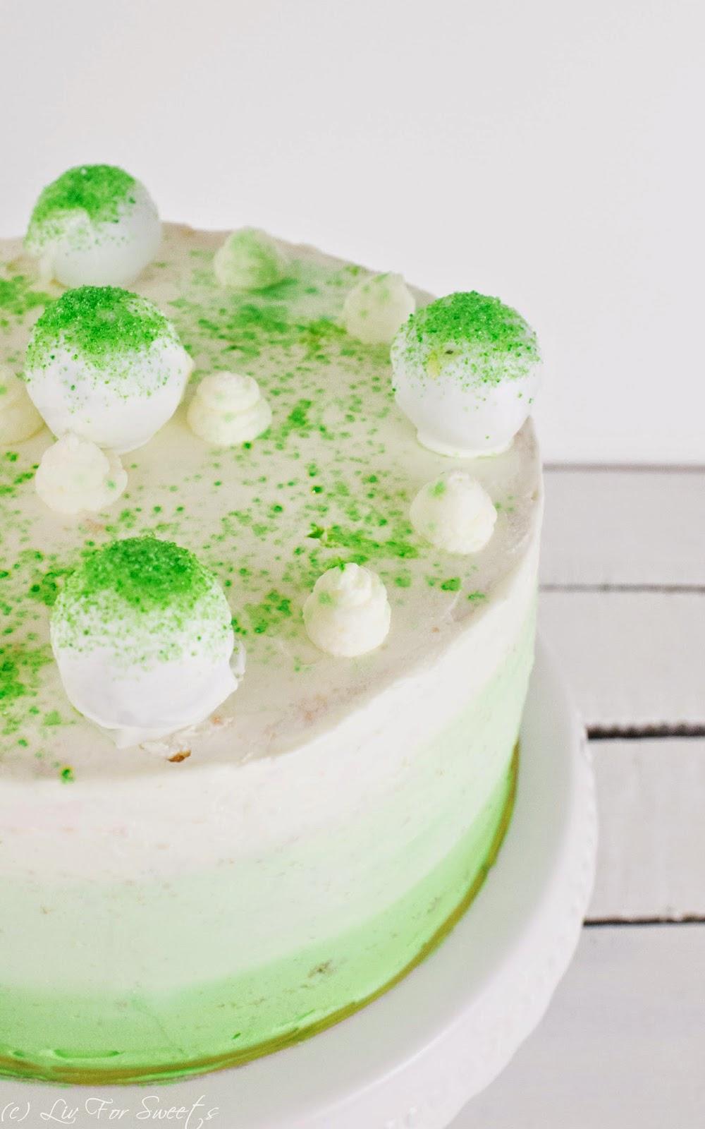 Limetten, Käsesahne, Quark, Himbeere, Biskuit, Frischkäse, Cakebites, Cake-Bites, Cakepops, Cake-Pops, Cakepop-Torte, Cakebite-Torte, grün, Ombre-Frosting, Ombre-Torte, Thermomix