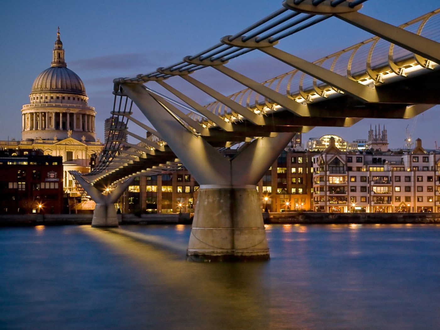 London Tower Bridge at Night Wall Mural & Photo  - tower bridge at night wallpapers