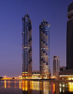 hotel paling tinggi di dunia