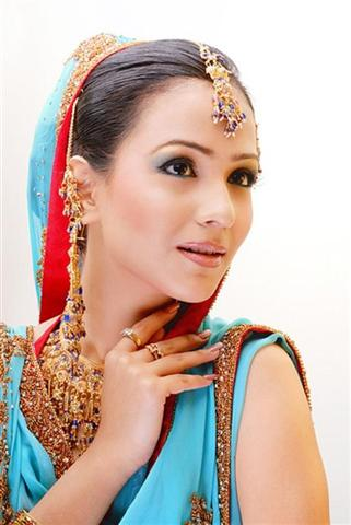 Pakistani jewelry Trends 2012