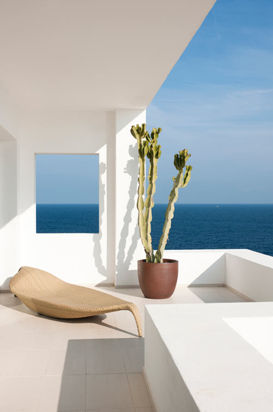House in Ibiza by Juma Architects with amazing sea views via @designmilk #Ibiza #architeture #view
