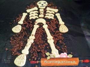 biscotti per halloween a forma di scheletro