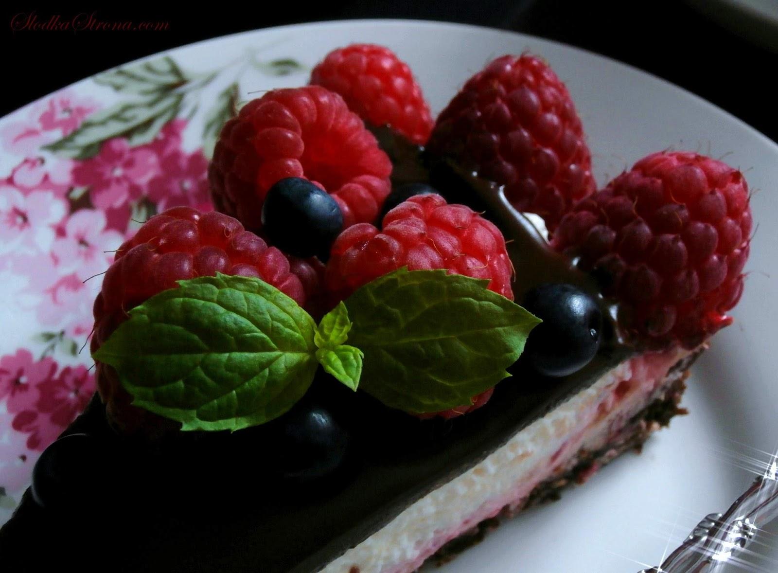 Tarta Czekoladowa z Malinami - Przepis - Słodka Strona