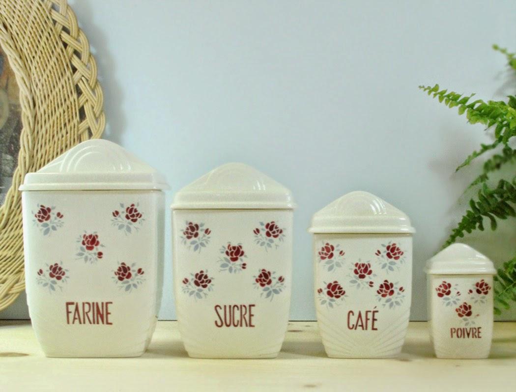 vaisselle vintage décoration cuisine pot à épice fleurs faïence