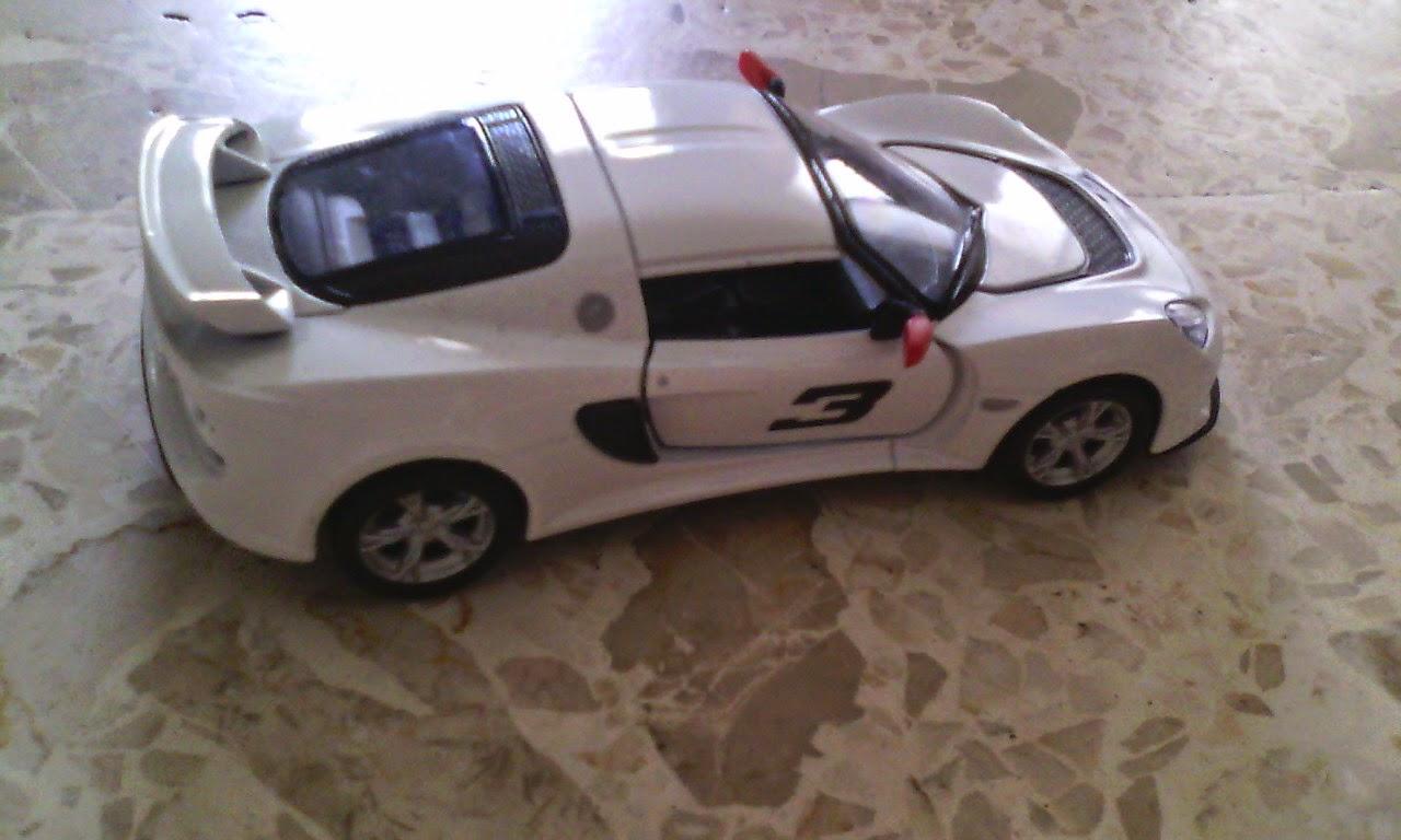Mainan Mobil Kinsmart