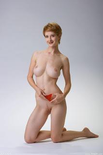 Hot Girl Naked - rs-femjoy_112285_016-739519.jpg