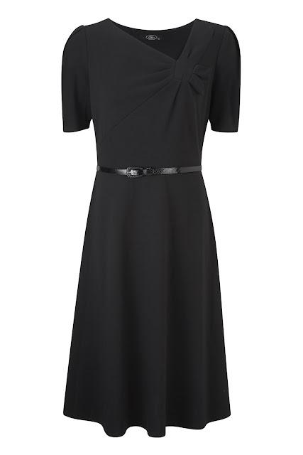 "<a href=""http://4.bp.blogspot.com/-eZI_Xkjfi3A/ULUWM0_z-4I/AAAAAAAACDc/EfsBo5zofAw/s1600/033740_07_xlarge.jpg"" imageanchor=""1"" style=""margin-left: 1em; margin-right: 1em;""><img alt=""Black Belted Short Sleeve Dress"" border=""0"" height=""640"" src=""http://4.bp.blogspot.com/-eZI_Xkjfi3A/ULUWM0_z-4I/AAAAAAAACDc/EfsBo5zofAw/s640/033740_07_xlarge.jpg"" title=""Black Belted Short Sleeve Dress"" width=""426"" /></a></div>"