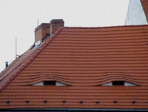 06-@FacesPics-Faces-in-Things-Photographs-www-designstack-co