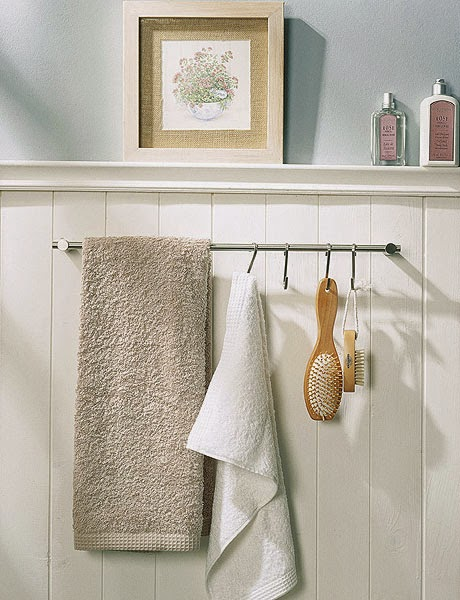 31 creative storage ideas for a small bathroom diy craft for Bathroom decor and storage
