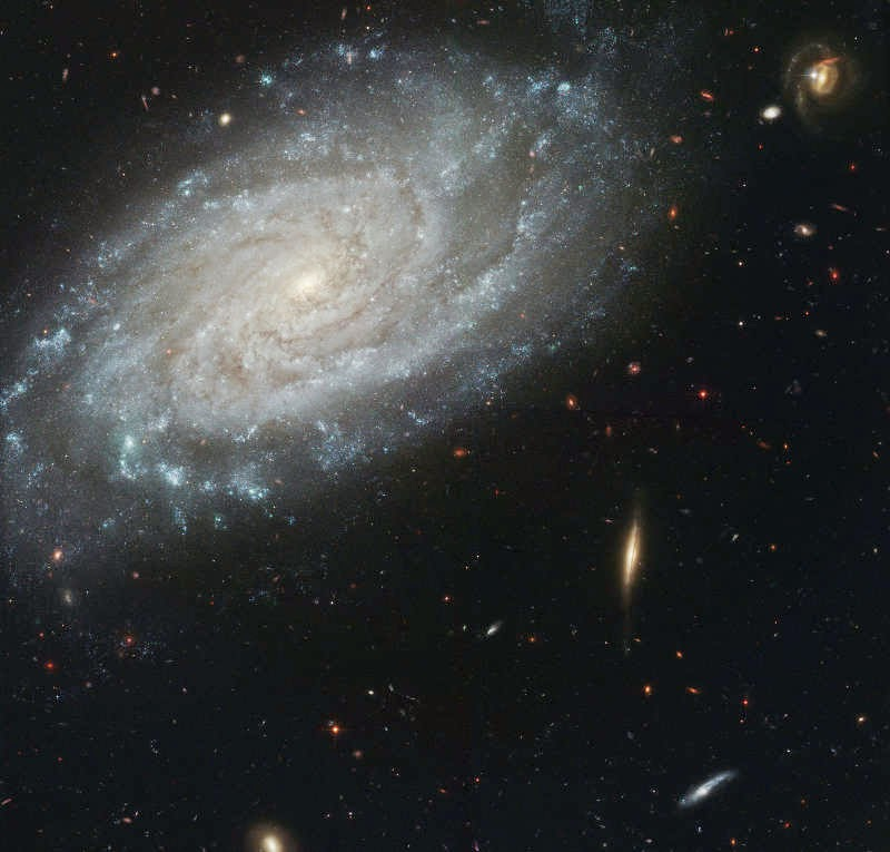 Galáxia NGC3370