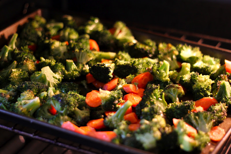 Home Made Lovely: Roasted Broccoli and Carrots