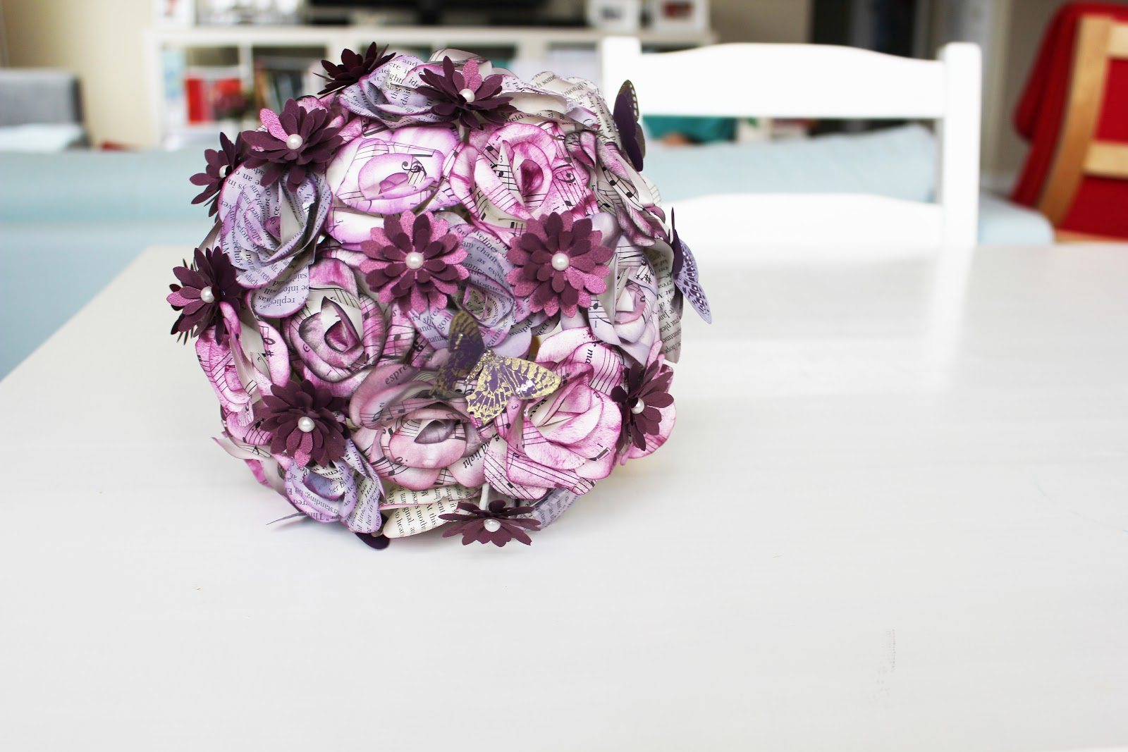 Momichka: Sam\'s Wedding Bouquet - Paper Flowers - PURPLE - BOOK ROSES