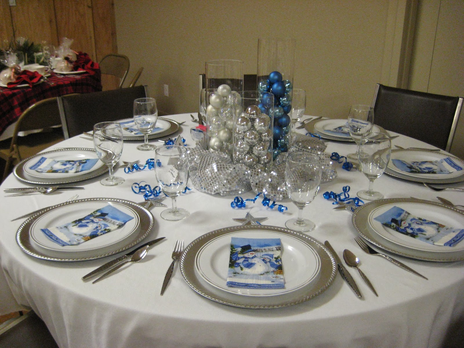 Silver And Blue Christmas Table Decorations  Viewing Gallery ~ 230157_Christmas Table Decoration Ideas Blue Silver