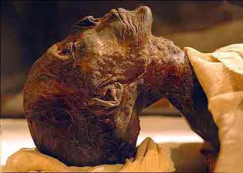 Saintis Perancis Memeluk Islam Setelah Mengkaji Penemuan Mayat Firaun Pada pertengahan tahun 1975.
