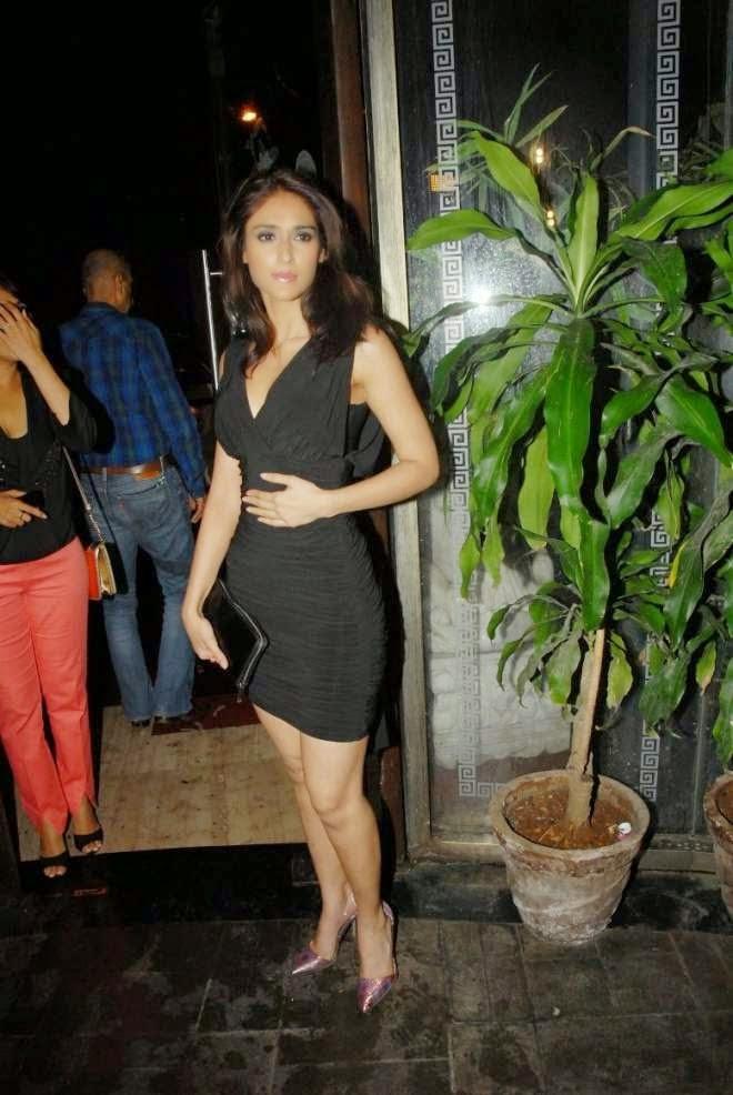 Ileana d'cruz Sexy Thigh Show Photo