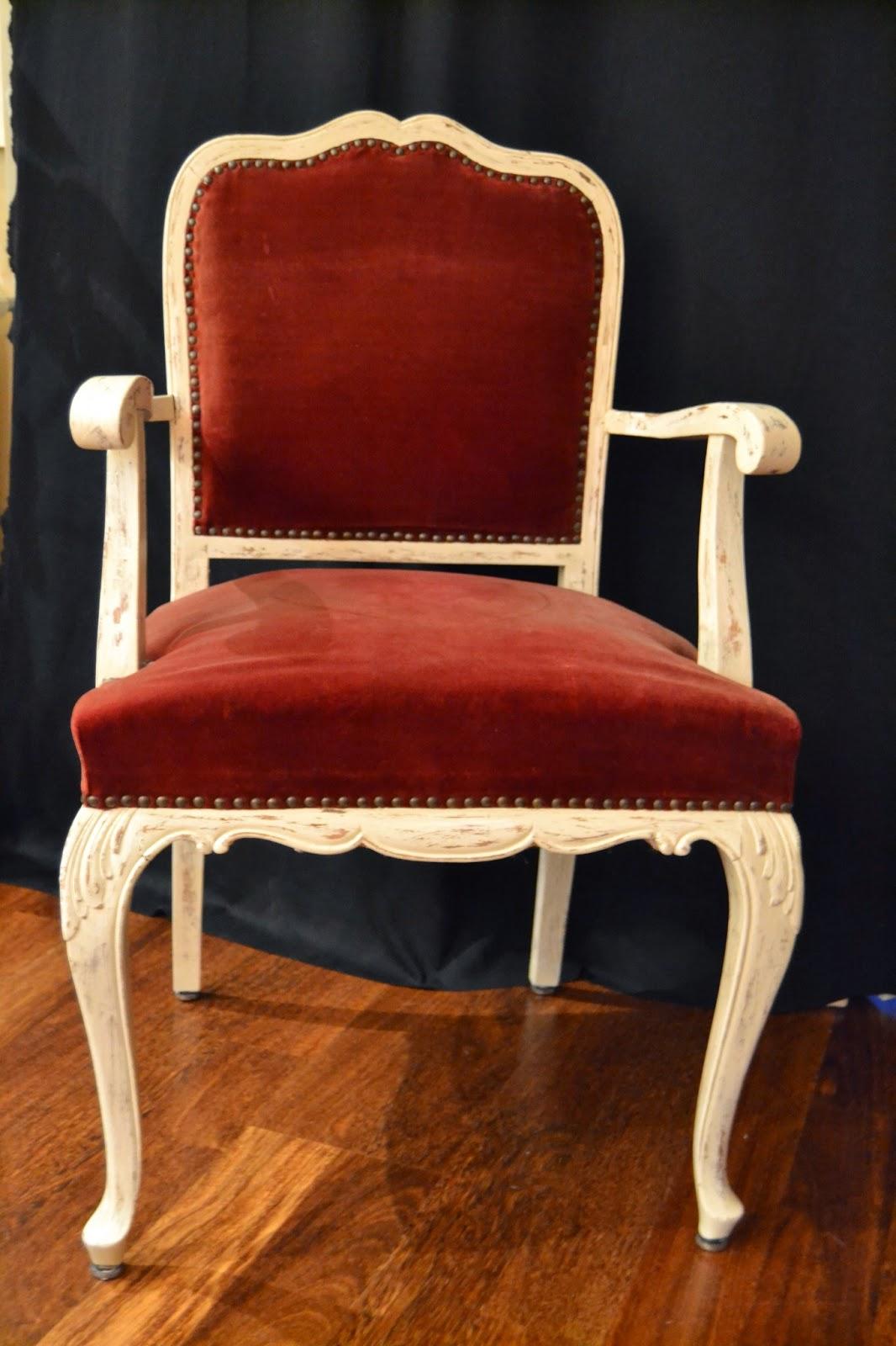 Taller de restauraci n lila sillas de terciopelo restauradas - Sillas restauradas ...