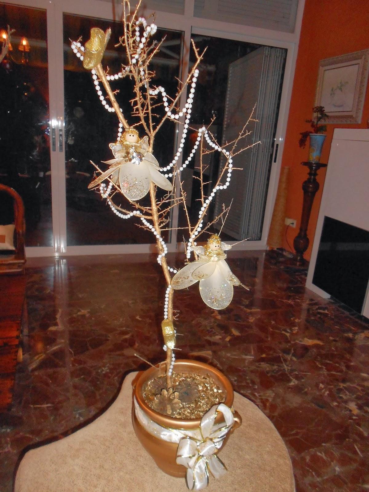 Decoraciones navide as con ramas secas tita pastor for Decoracion con ramas secas