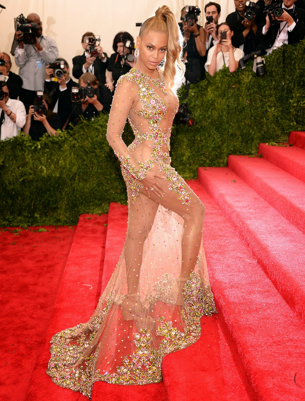 Met Gala 2015, Ball, Queen B