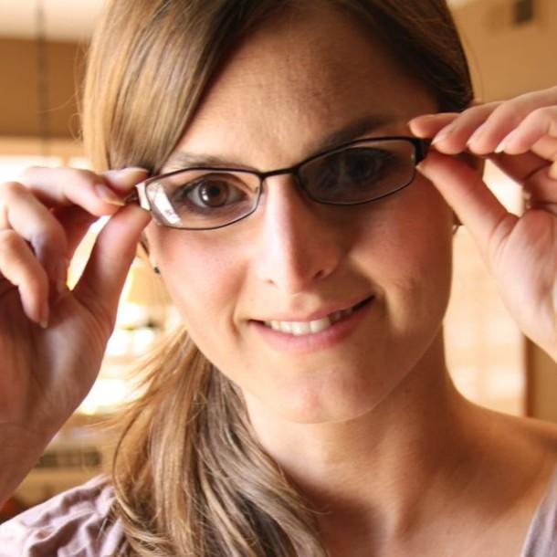 bestgemfun: Cute Girls Wearing Glasses As Fashion