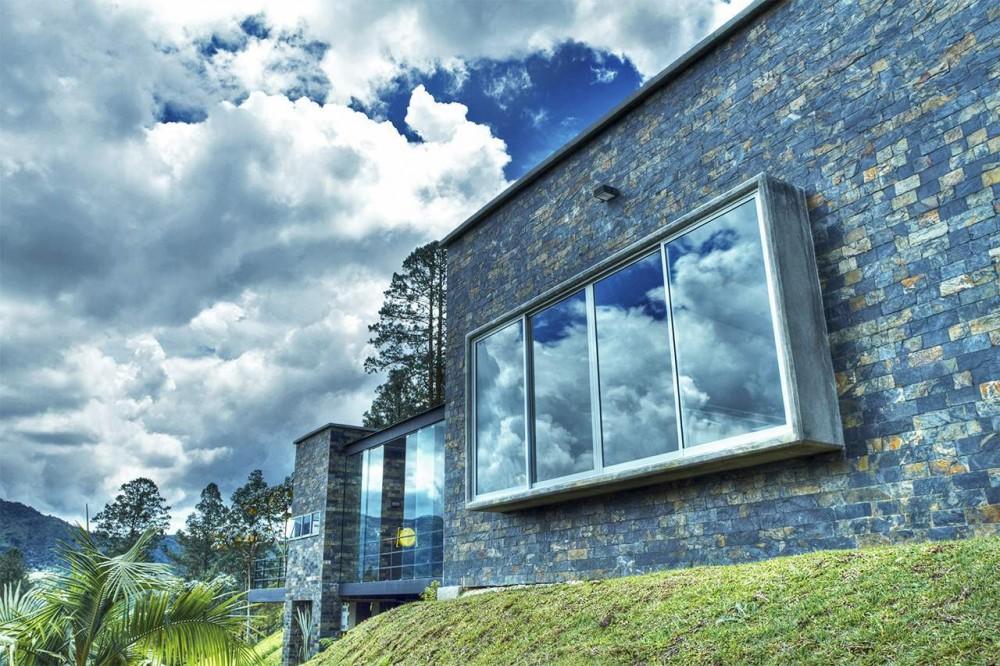 La arquitectura como arte de enmarcar   Casa del Árbol - David Ramirez