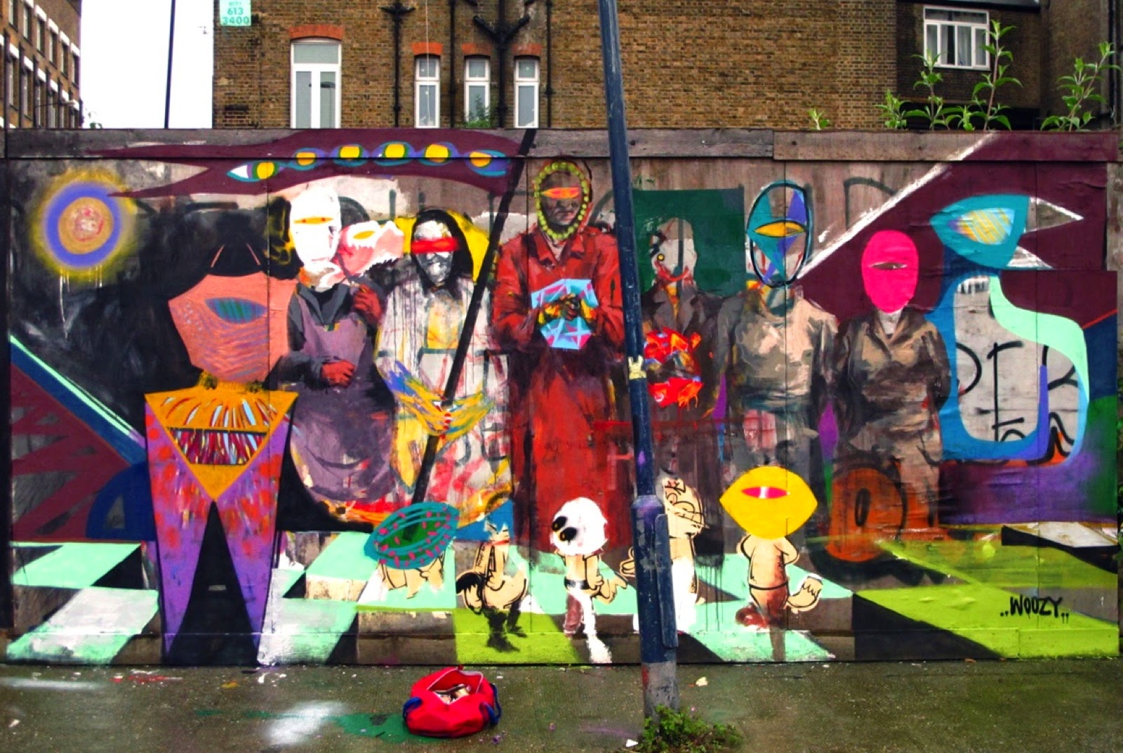 Borondo recently teamed up with his friend Woozy to work on these new collaborations on the streets of East London, UK.