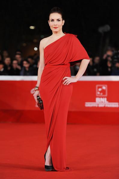 knock of shoes - Nina Fresa Fashion Critic: December 2011