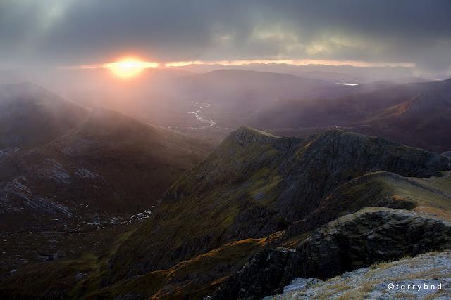 Aonach Beag, Scotland. Wild camp, dawn view