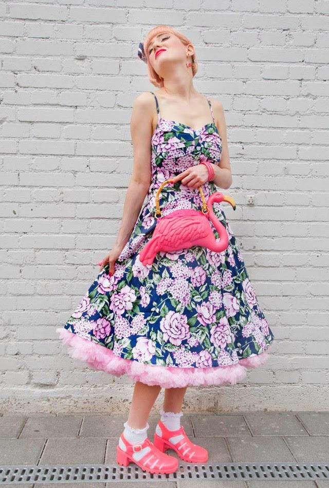 collectif, 50s dress, juju shoes,flamingo bag