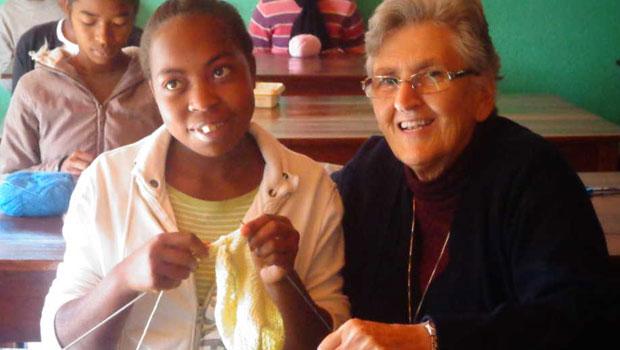 Misionera de la misericordia española en Madagascar - Domund