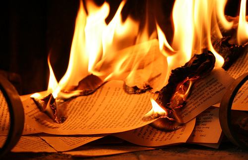 "an analysis of fahrenheit 451 the sieve and the sand by ray bradbury The publication of american novelist ray bradbury's fahrenheit 451 in 1953  "" the hearth and the salamander,"" ""the sieve and the sand,"" and ""burning."