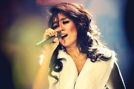 Album Baru Agnes Ditulis Bareng Justin Bieber