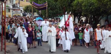 Procissão do Senhor Morto marca a tarde da Sexta-feira da Paixão em Limoeiro