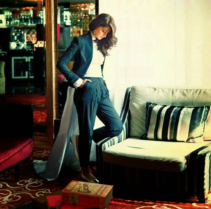 Sonam Kapoor Hot Photoshoot for Filmy magazine hd wallpapers