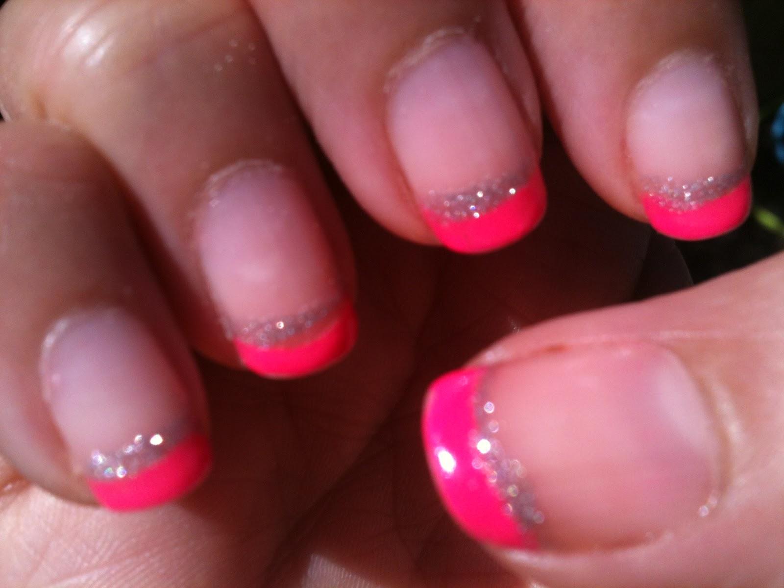 Beaut blog by misskikaw manucure 23 french rose n on avec liser gris m tallis - Ongle rose fluo ...