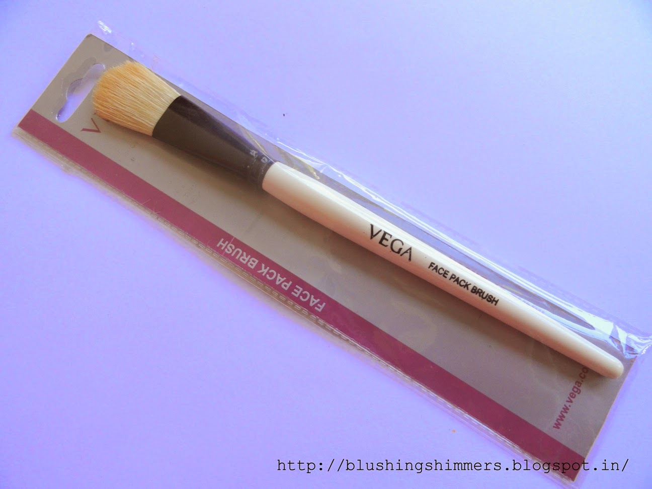 Vega face pack brush
