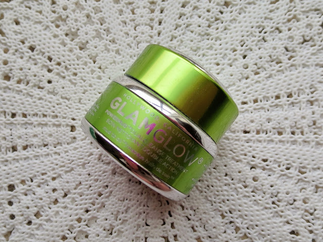 a picture of GLAMGLOW POWERMUD Dualcleanse Treatment