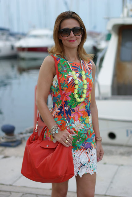 summer outfit, yellow statement necklace, orange flower print, Fashion and Cookies