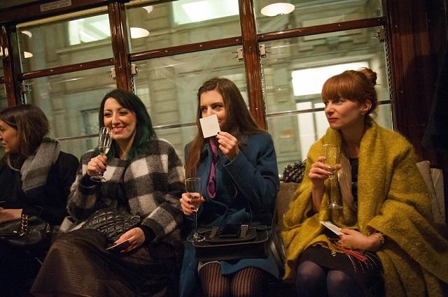 bulgari goldea profumo tram milano natale