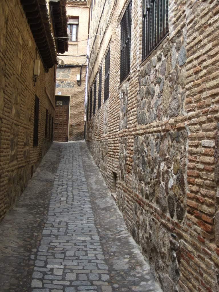 Spain toledo el escorial segovia and madrid beautiful - Calle escorial barcelona ...