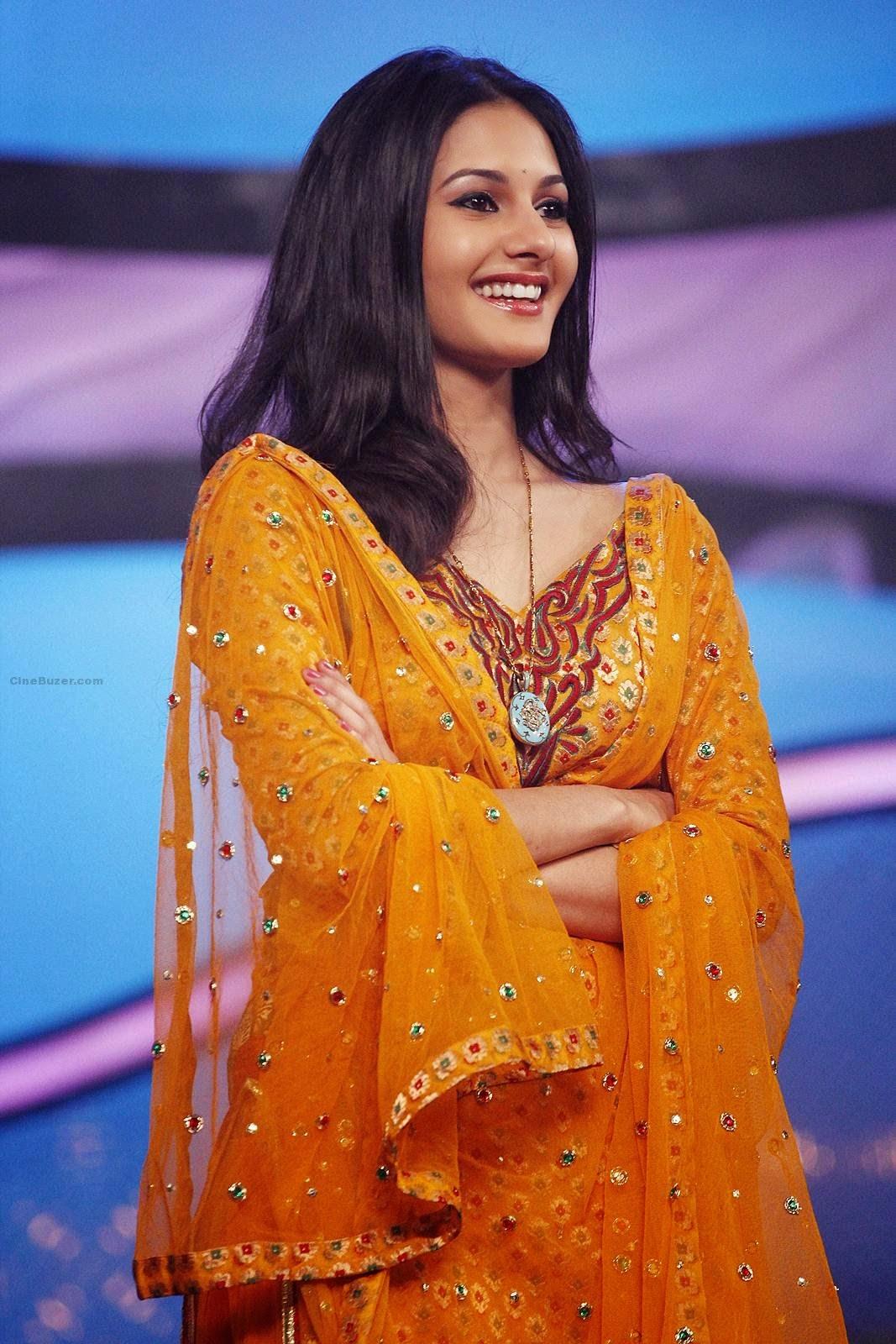 Amyra Dastur sexy wallpaper smile closeup dress hair style personal ...